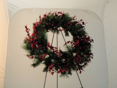 click to view full size image - Christmas Wreath Decorations Wholesale